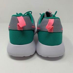 Nike Shoes - Nike Roshe One Run South Beach Shoes Mens Sz 11.5